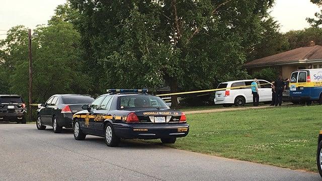 Scene of death investigation on Woodridge Drive. (6/18/18 FOX Carolina)