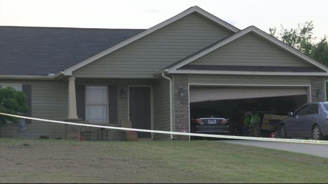 Sheriff investigating shooting on Stanmoore Drive in Anderson