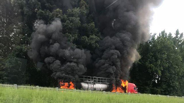 Tanker fire at mile marker 21 in Anderson Co. (Source: Tracy Phillips)