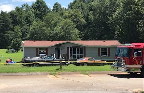 Scene of the deadly fire in Liberty (FOX Carolina/ August 9, 2018)