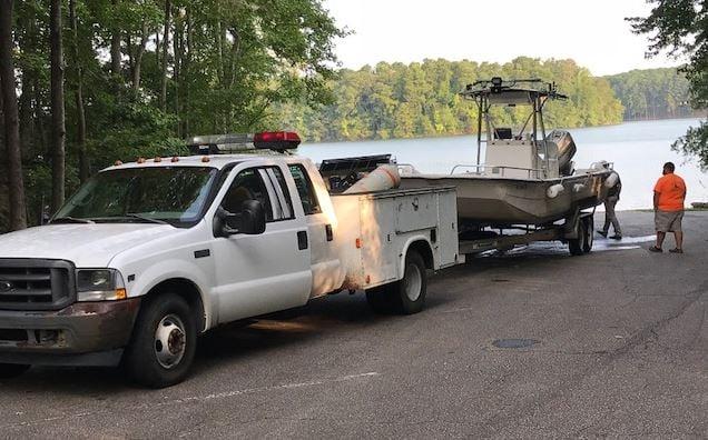 Technical rescue crews leave Lake Hartwell (FOX Carolina/ August 13, 2018)