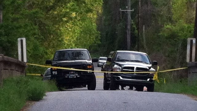 A part of a Campobello road is roped off after deputies say a body was found by a jogger. (April 13, 2012/FOX Carolina)