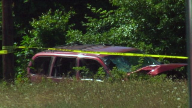 Scene of the deadly head-on crash in Chesnee on Sunday. (May 20, 2012/FOX Carolina)