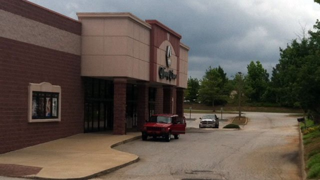 Police say a child was found alone in the parking lot of this Spartanburg movie theater. (May 29, 2012/FOX Carolina)