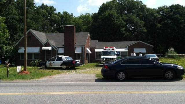 Deputies say they found the body of an alleged burglar at a home on S. Blackstock Road. (June 7, 2012/FOX Carolina)
