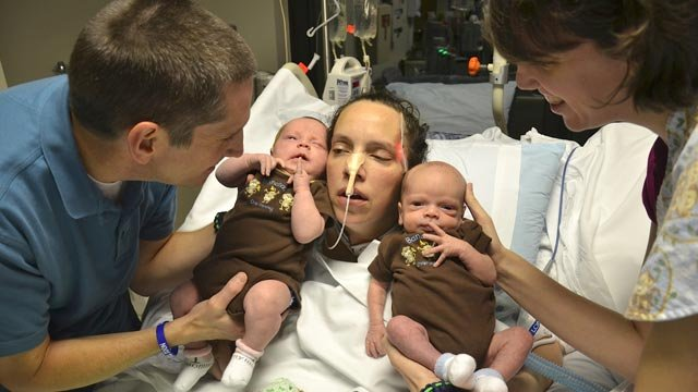 Lana Kuykendall with her newborn twins on Wednesday. (Courtesy Greenville Memorial Hospital)