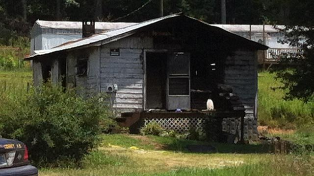 The home on Trammell Road where deputies say a body was found in a fire. (June 25, 2012/FOX Carolina)