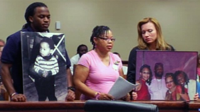 Loretta Robinson (center) with family and friends speaks at Gonzalez's plea hearing. (June 19, 2012/FOX Carolina)