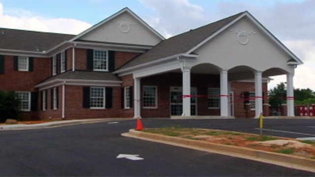 Robinson Funeral Home is located on South 1st Street in downtown Easley. (July 11, 2012/FOX Carolina)