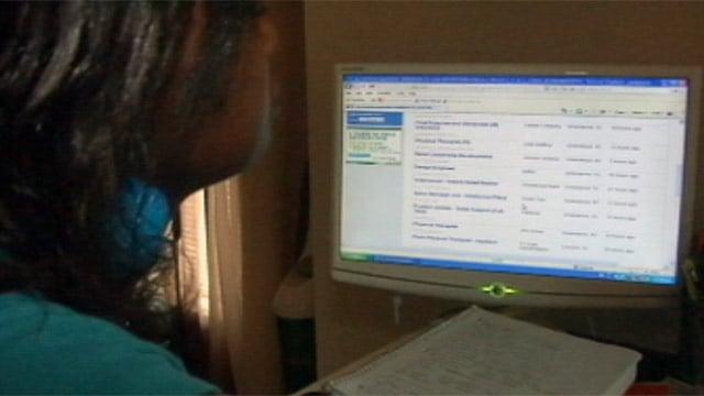Cassandra Hawes looks for jobs online. (File/FOX Carolina)
