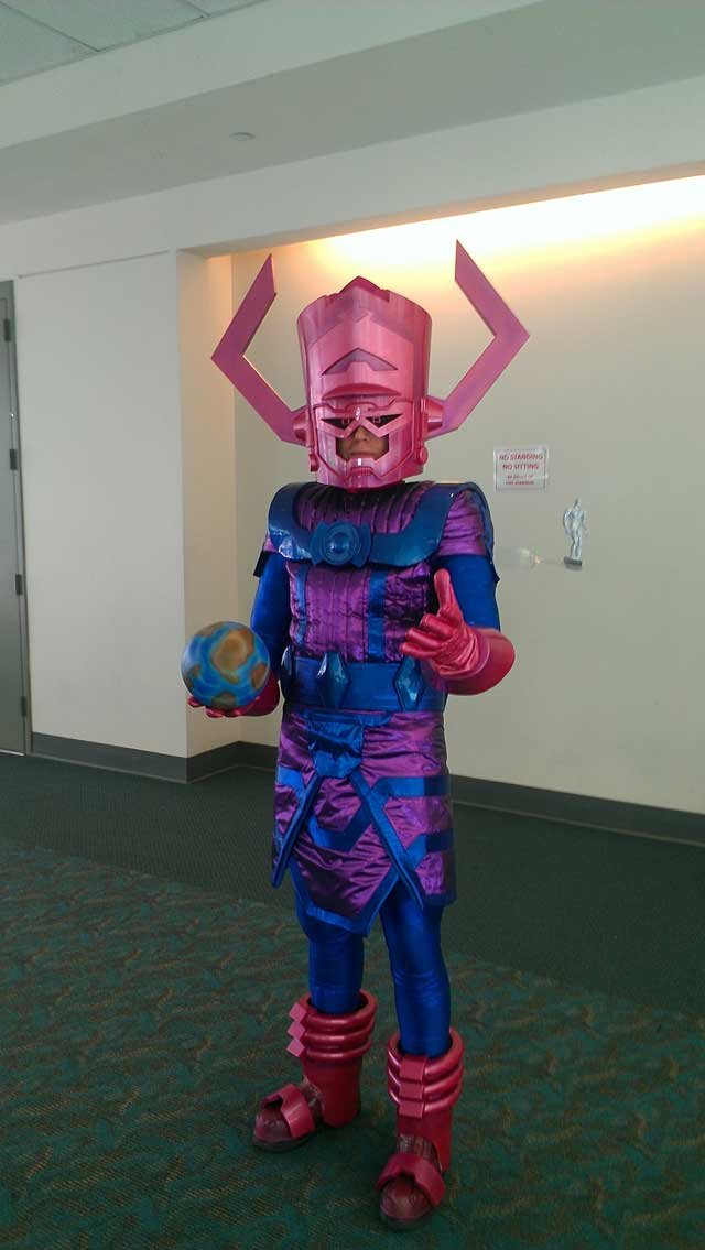 Galactus, destroyer of worlds. Probably my fav costume I saw this year.