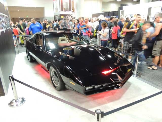 The only one talking more than KITT was Hasselhoff when he signed at the Mattel Booth.