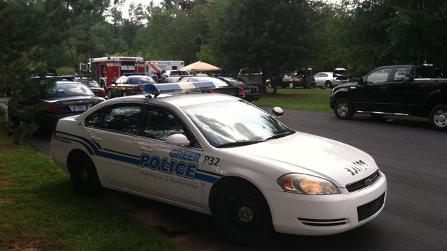 Police and emergency crews investigate a drowning in Greer. (July 21, 2012/FOX Carolina)