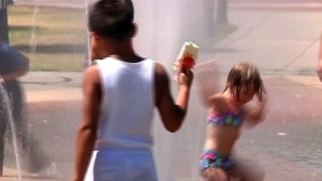 Kids play in an Upstate fountain during the summer. (File/FOX Carolina)
