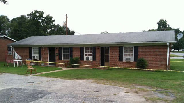 The duplex police had closed off after the man was taken to a hospital with burns. (Aug. 17, 2012/FOX Carolina)