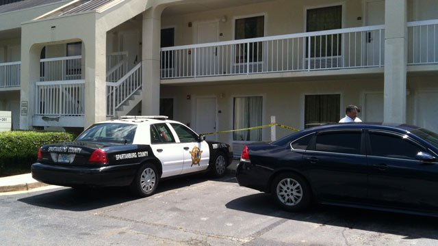 Investigators at Brookwood Inn in Spartanburg after reports of a near drowning. (Aug. 20, 2012/FOX Carolina)