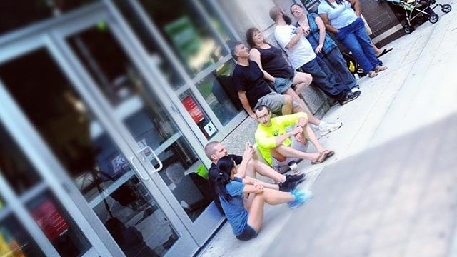 The first few people waiting in line for Pita Pit to open and win free pitas for a year. (Aug. 23, 2012/FOX Carolina)