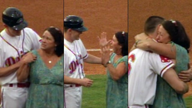 The moment with SSgt. Trey Murphy surprised his mother on the field. (Aug. 23, 2012/FOX Carolina)