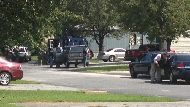 Deputies and the SWAT team outside of a Callaway Court home. (Aug. 24, 2012/FOX Carolina)