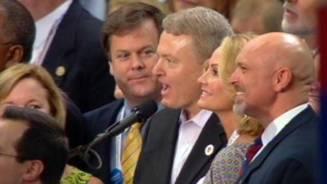 South Carolina Treasurer Curtis Loftis announces the results of the delegation's votes. (Aug. 28, 2012/CNN)