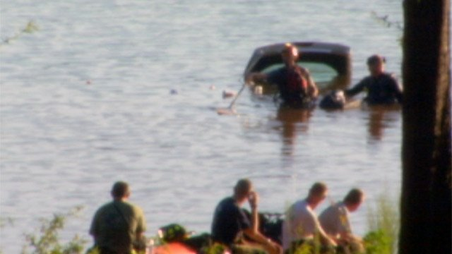 The car crashed into Lake Hartwell. (Sept. 1, 2012/FOX Carolina)