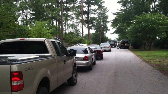 SLED agents respond to a shooting involving Newberry police. (Sept. 6, 2012/FOX Carolina)