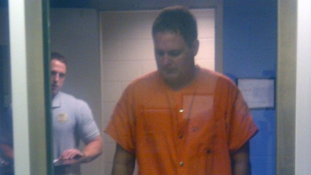 Richard Gardner appears before an Oconee Co. judge. (Sept. 28, 2012/FOX Carolina)