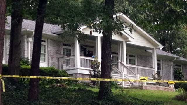 Deputies are investigating the deaths of two people whose bodies were found in this Greenville County home. (Oct. 3, 2012/FOX Carolina)