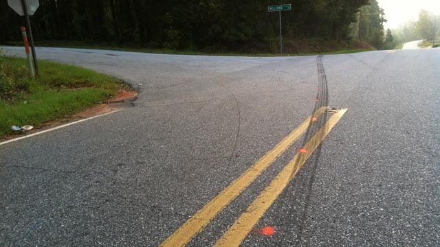 The intersection of Travis and Williams roads in Anderson where troopers say two children were hit on Thursday. (Oct. 4, 2012/FOX Carolina)