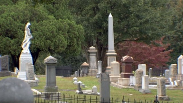 Oakwood Cemetery is located along Oakwood Ave. off of U.S. 29 in Spartanburg. (Oct. 14, 2012/FOX Carolina)