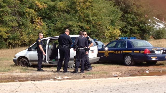 Deputies find the van ditched by the alleged burglars near Old Pelzer Road and Emily Lane. (Oct. 15, 2012/FOX Carolina)
