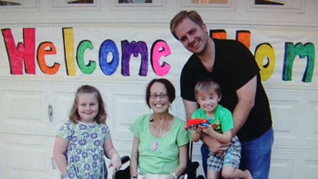Stephanie Lindstrom's family welcomes her home from Atlanta. (Courtesy the Lindstrom family)