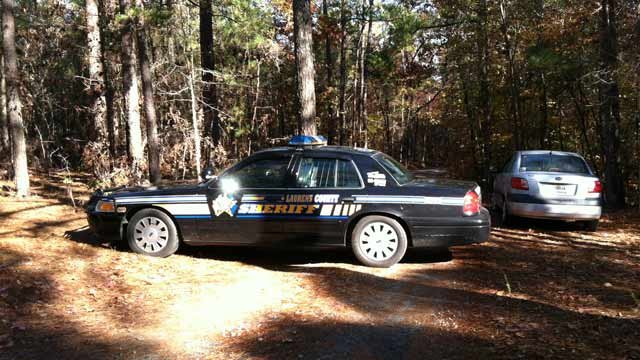 Deputies respond to fatal shooting on Mercy Lane in Waterloo. (Nov. 8, 2012/FOX Carolina)
