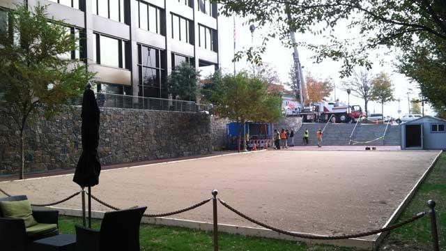 The Greenville Tech Ice on Main preparations are made on Monday. (Nov. 12, 2012/FOX Carolina)