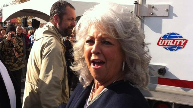 Paula Deen arrives at a Greenville Bi-Lo store. (Nov. 14, 2012/FOX Carolina)