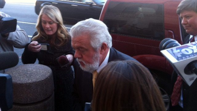 Ronnie Wilson arrives at the Federal Courthouse in Greenville for his sentencing. (Nov. 13, 2012/FOX Carolina)