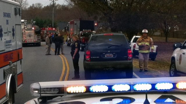 Firefighters, deputies respond to house fire along Hanging Rock Road in Boiling Springs. (Nov. 19, 2012/FOX Carolina)