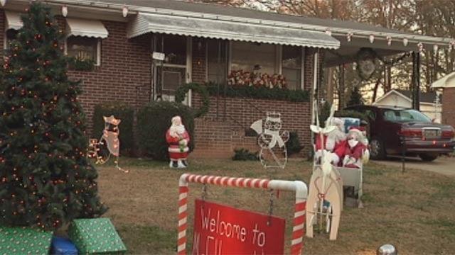 Ellen Horton's decorated yard is now missing several items. (Nov. 26, 2012/FOX Carolina)