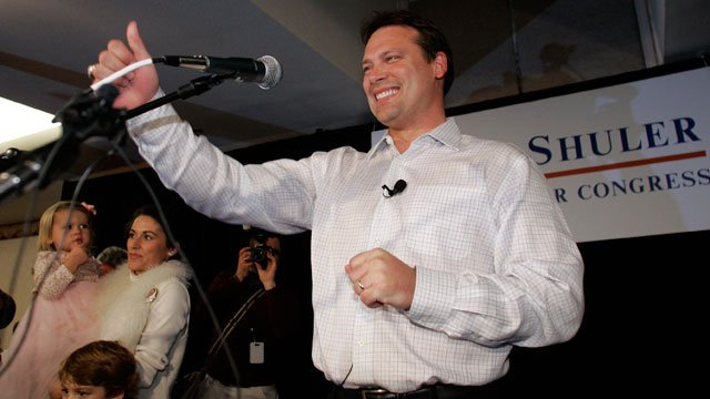 Democrat Heath Shuler gives a thumbs up to supporters after winning the 11th Congressional District of North Carolina in Asheville, N.C., Tuesday, Nov. 7, 2006. (AP Photo/Chuck Burton)
