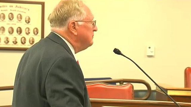 Outgoing Director of SCDOR Jim Etter testifies before the panel. (Nov. 28, 2012/FOX Carolina)