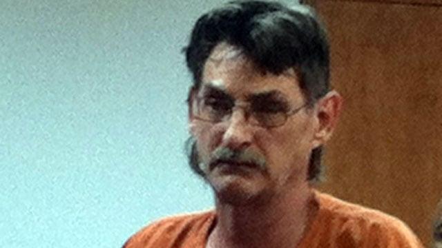 Darrell Merritt appears in a Greenwood County courtroom for a bond hearing. (Nov. 29, 2012/FOX Carolina)