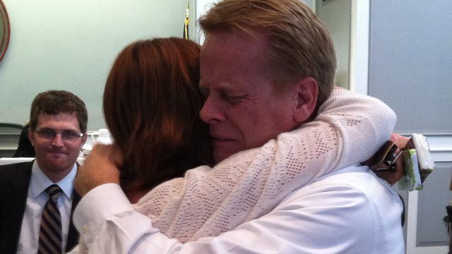 Donald Kinsela hugs his daughter Melissa after he was found not guilty. (Dec. 4, 2012/FOX Carolina)