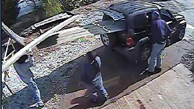 Deputies hope someone can identify these three people. (Nov. 23, 2012/Greenville Co. Sheriff's Office)