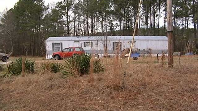 The home on Steve Nix Road where deputies say they found 2 bodies on Saturday. (Jan. 5, 2013/FOX Carolina)