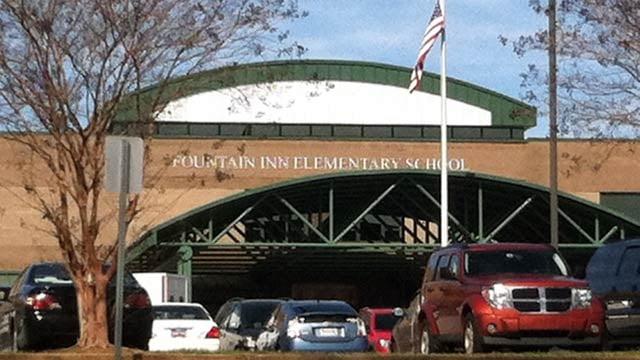 A canopy covers the main entrance to Fountain Inn Elementary School. (File/FOX Carolina)