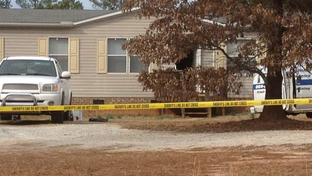 The East Grumling Road home in Hodges where deputies say the woman died. (Jan. 9, 2013/FOX Carolina)