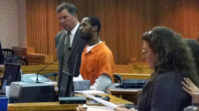 Debbie Hyde (right) speaks during Keith Rucker's plea hearing. (Jan. 16, 2013/FOX Carolina)
