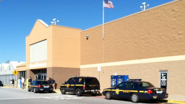 Greenville Co. deputies respond to the Walmart store on White Horse Road. (Jan. 20, 2013/FOX Carolina)
