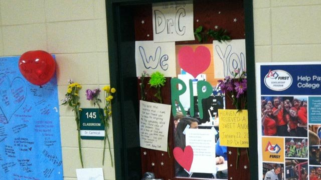A memorial of memories were posted on Dr. Carmical's classroom door on Wednesday. (Jan. 23, 2013/FOX Carolina)