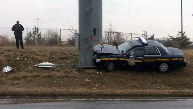 An Greenville County deputy's cruiser is damaged after a crash on Interstate 85. (Jan. 25, 2013/FOX Carolina)